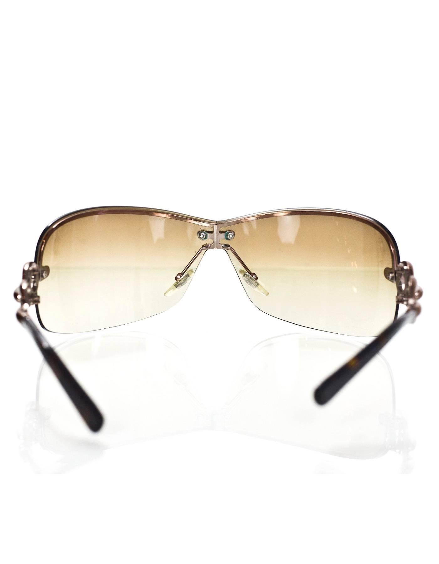 640e184dcc9 Gucci Brown Shield Sunglasses with Box and Case For Sale at 1stdibs