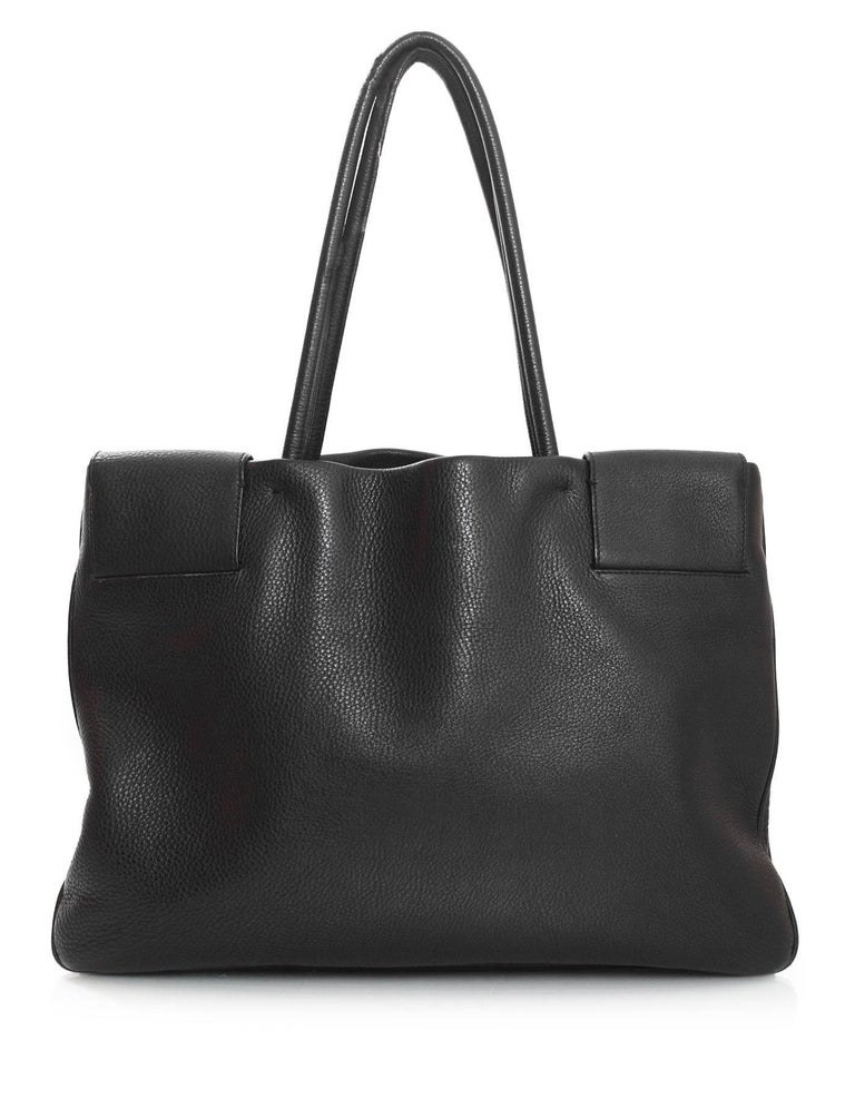 Prada Black Leather Tote Bag In Excellent Condition For Sale In New York, NY