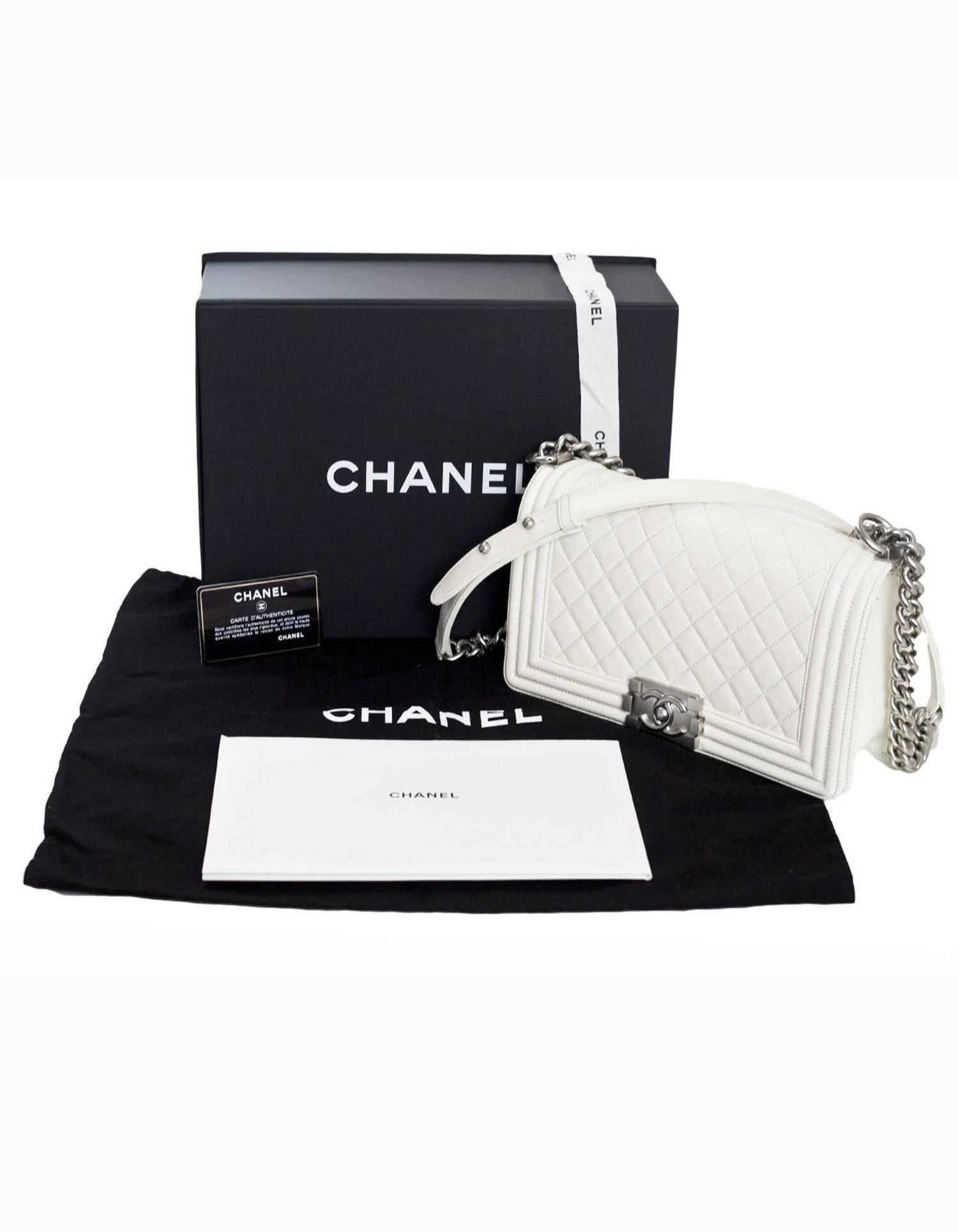 663ffc606770 Chanel White Quilted Leather Medium Boy Bag SHW rt. $4,700 For Sale at  1stdibs