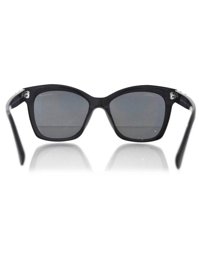 c06ee77292384 ... Excellent Condition For Sale In. Women s Chanel Black Pantos Spring CC  Lego Mirrored Sunglasses with Case For Sale