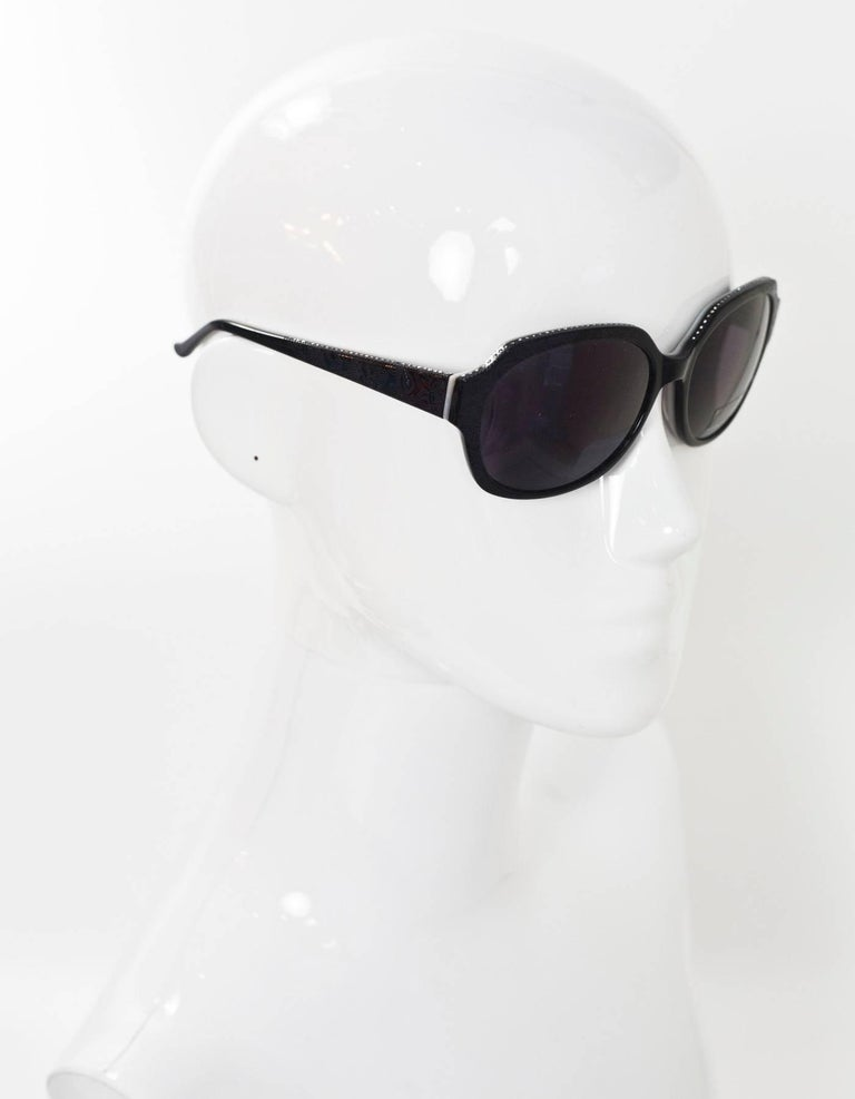 Judith Leiber JL1169 Black Swarovski Crystal Sunglasses with Case In Excellent Condition For Sale In New York, NY