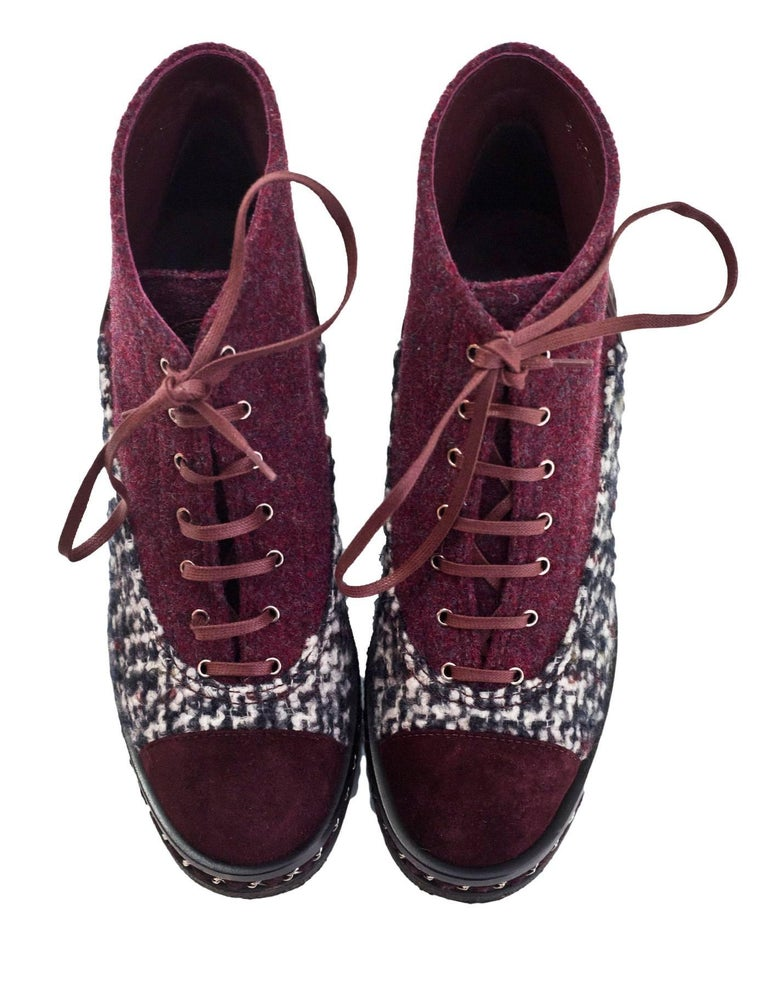 Chanel Burgundy Black And White Tweed Boots Sz 39 With