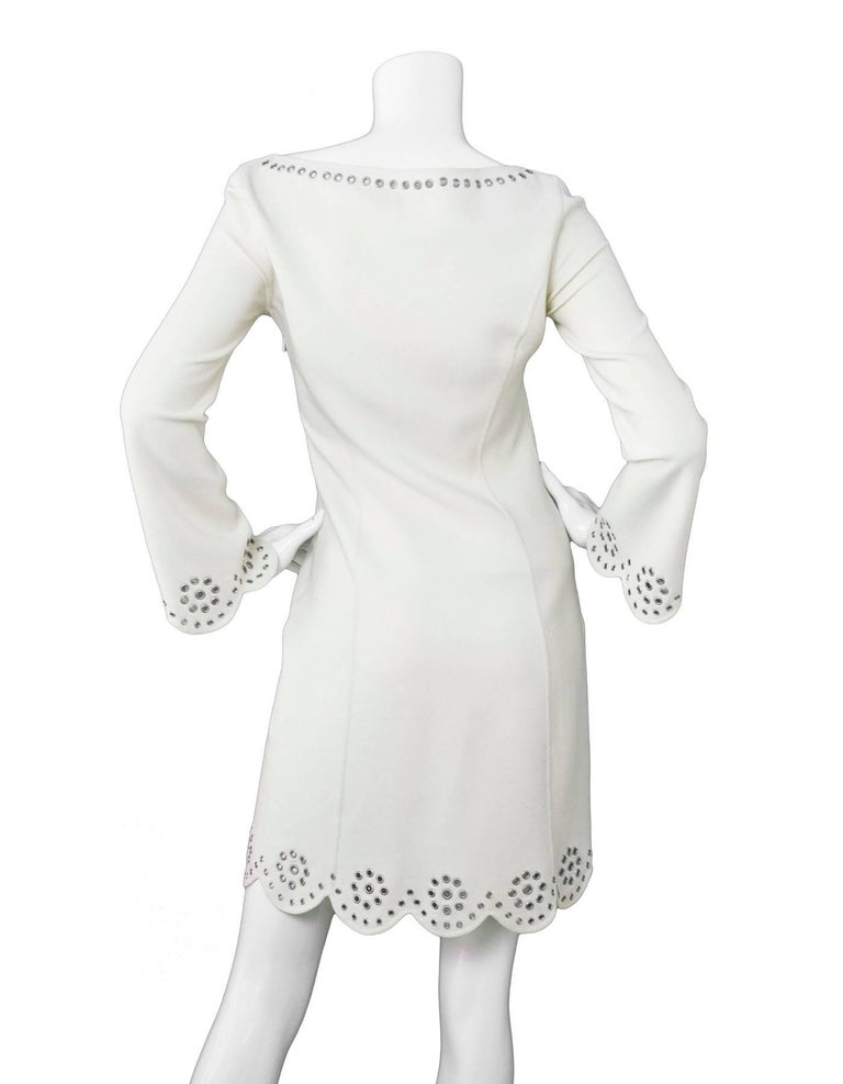 Michael Kors White Longsleeve Grommet Dress Sz 2 In Good Condition For Sale In New York, NY