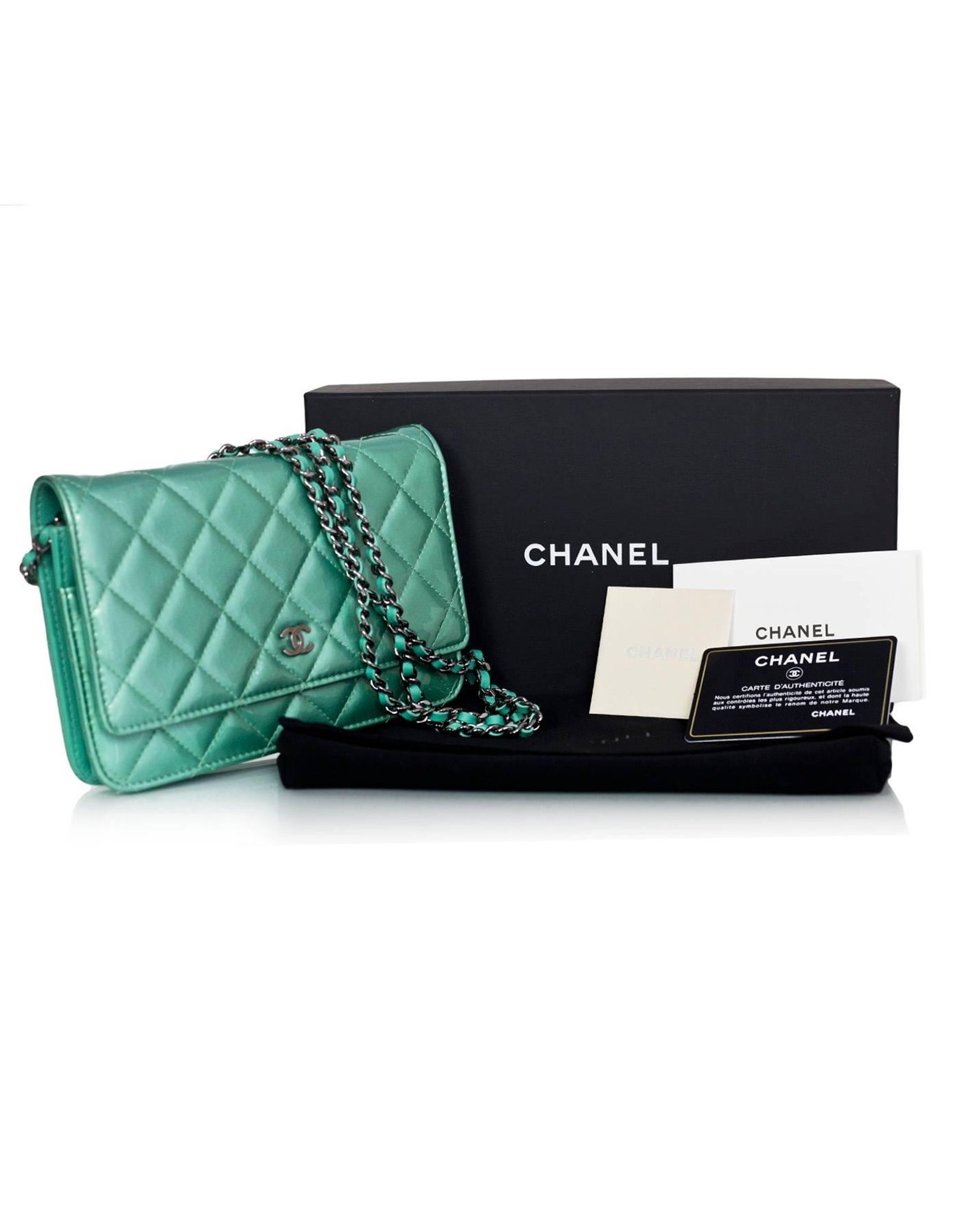 f30e4f018d1a93 Chanel Seafoam Green Patent Leather WOC Wallet on a Chain Crossbody Bag For  Sale at 1stdibs