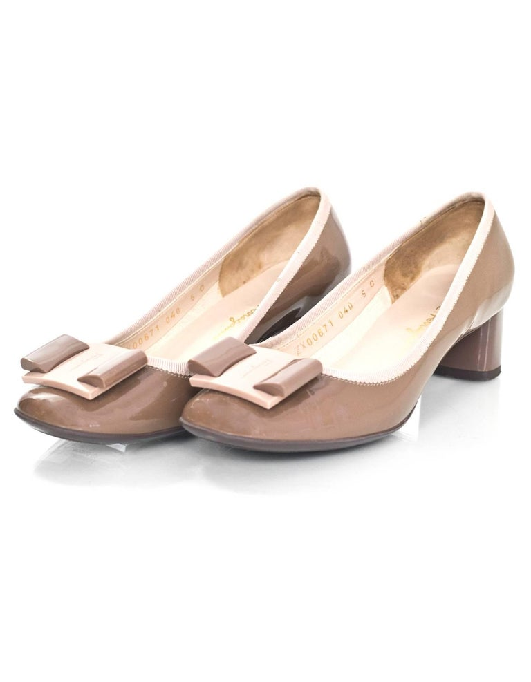 Salvatore Ferragamo Taupe Patent Leather Bow Pumps Sz 5  Made In: Italy Color: Taupe Materials: Patent leather Closure/Opening: Slide on Sole Stamp: Salvatore Ferragamo Made in Italy Overall Condition: Excellent pre-owned condition, light wear at