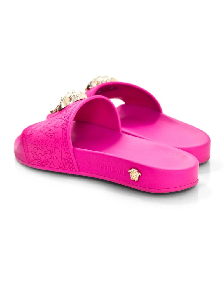 9d1182fab26d4a Versace Hot Pink Medusa Slide Sandals Sz 39 with Box For Sale at 1stdibs
