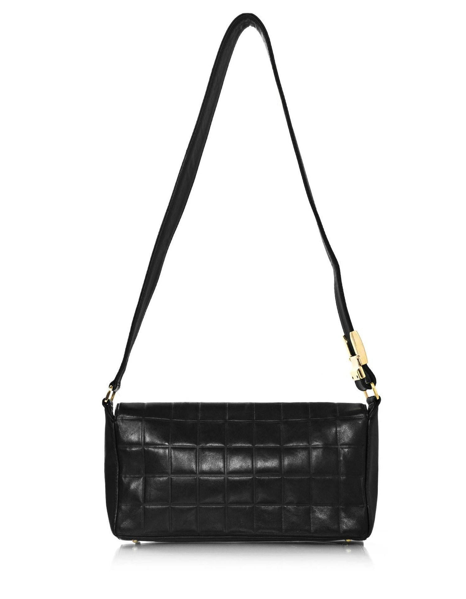 765743bc5bdf Chanel Black Lambskin Chocolate Bar CC Pochette Bag For Sale at 1stdibs
