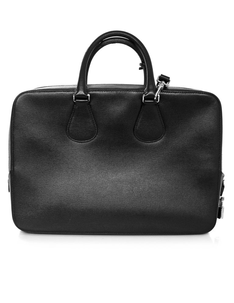 Bally Black Textured Leather Satchel/Briefcase Bag w. Strap In Excellent Condition For Sale In New York, NY