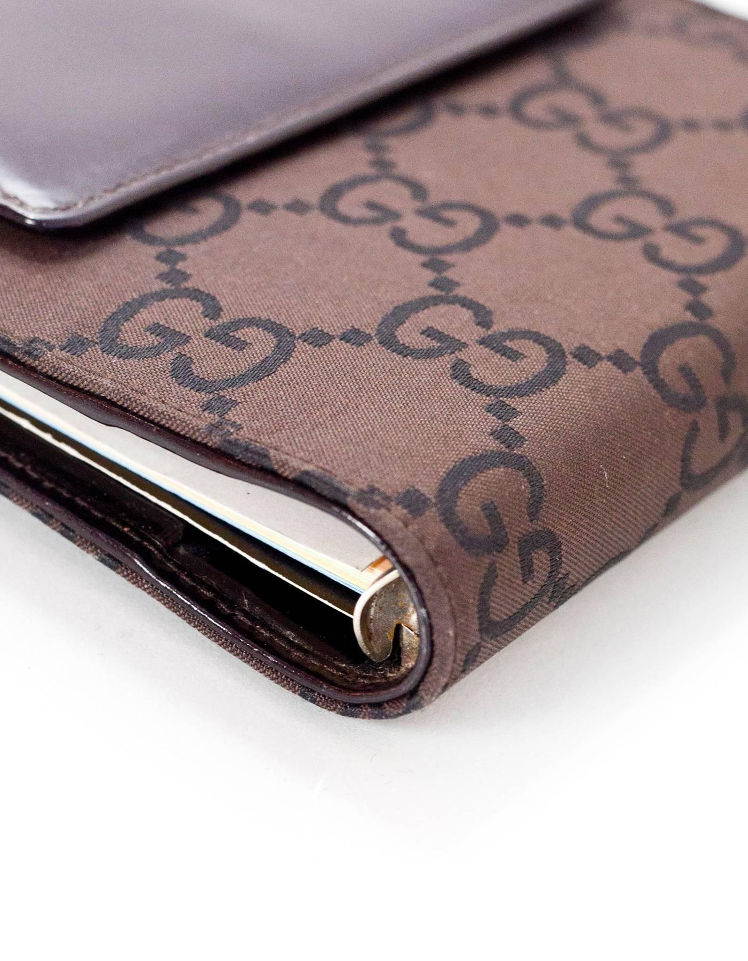 a7e05b15ebcbb1 Gucci Brown Monogram Agenda Notebook Wallet For Sale at 1stdibs