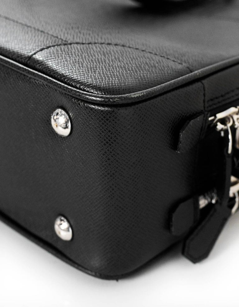 b2754dd4b1f3 ... Excellent Condition For Sale In. Men s Louis Vuitton Black Taiga  Leather Briefcase Laptop Computer Bag For Sale