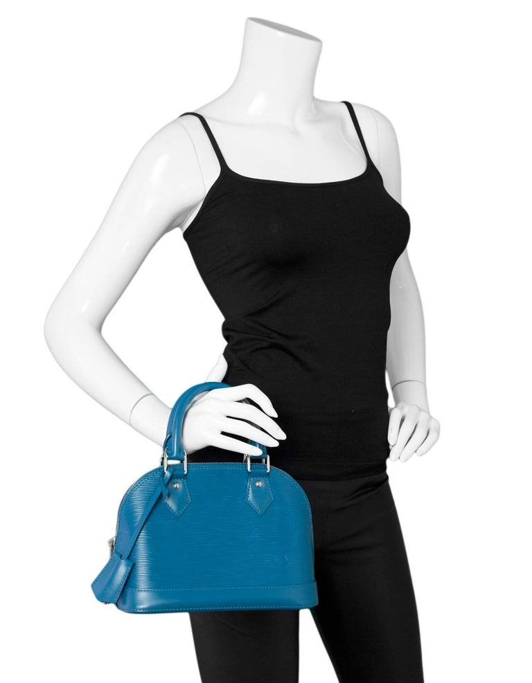 Louis Vuitton Cyan Blue Epi Leather Alma BB Crossbody Bag with DB In Excellent Condition For Sale In New York, NY