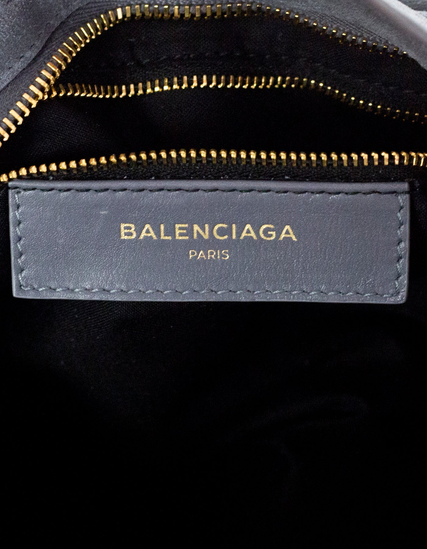 fdaa8d29bc7 Balenciaga Grey Suede Metallic Edge City Small Crossbody Bag NEW For Sale  at 1stdibs