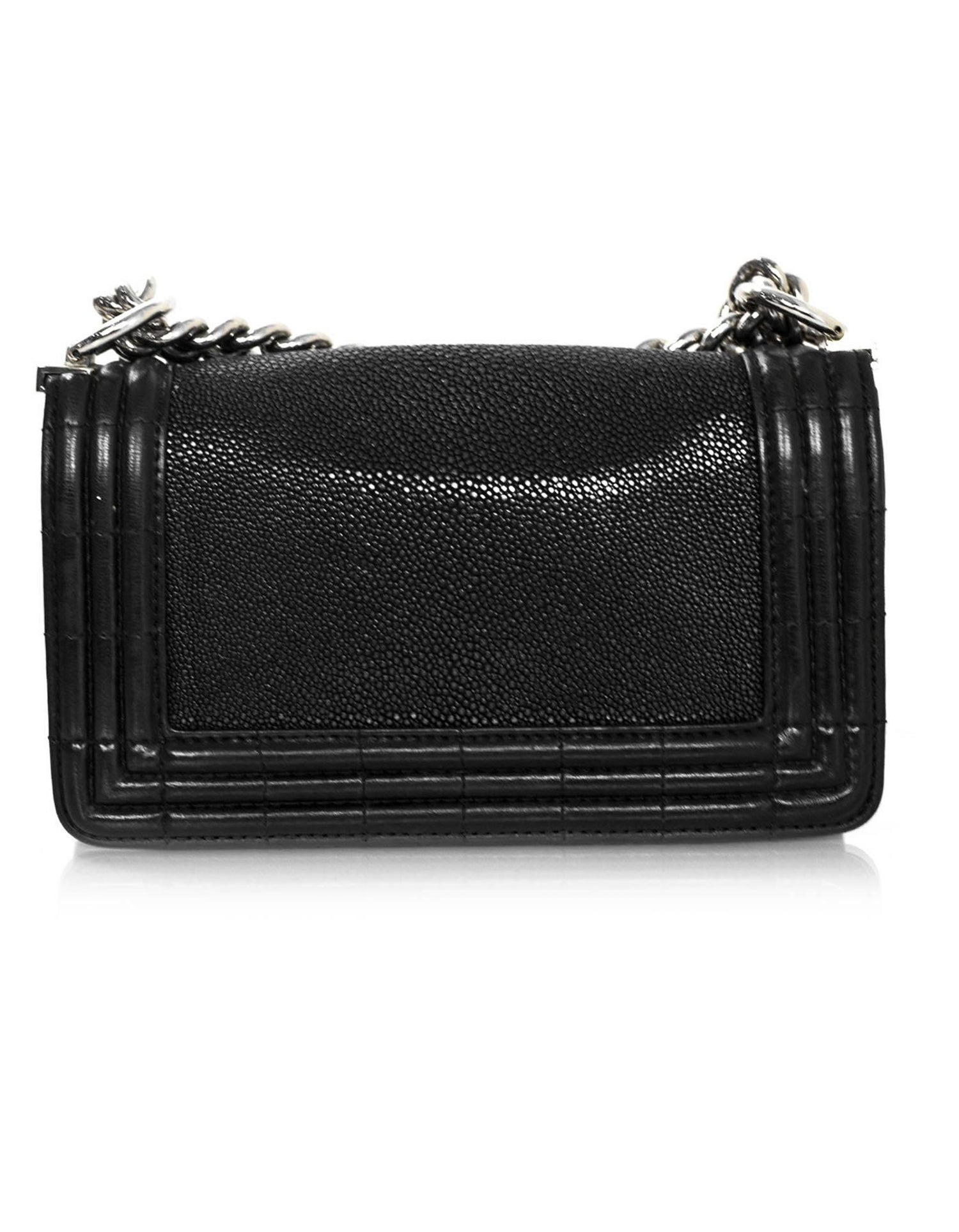 fcc761472c1e Chanel Black Stingray and Leather Small Boy Crossbody Bag For Sale at  1stdibs