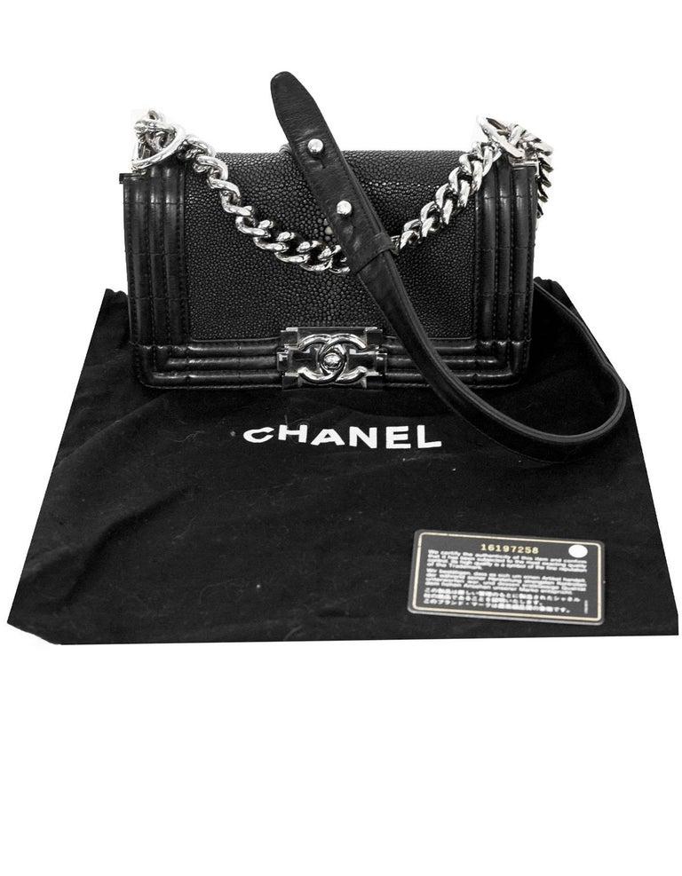 f4c96830dbd Chanel Black Stingray and Leather Small Boy Crossbody Bag For Sale ...