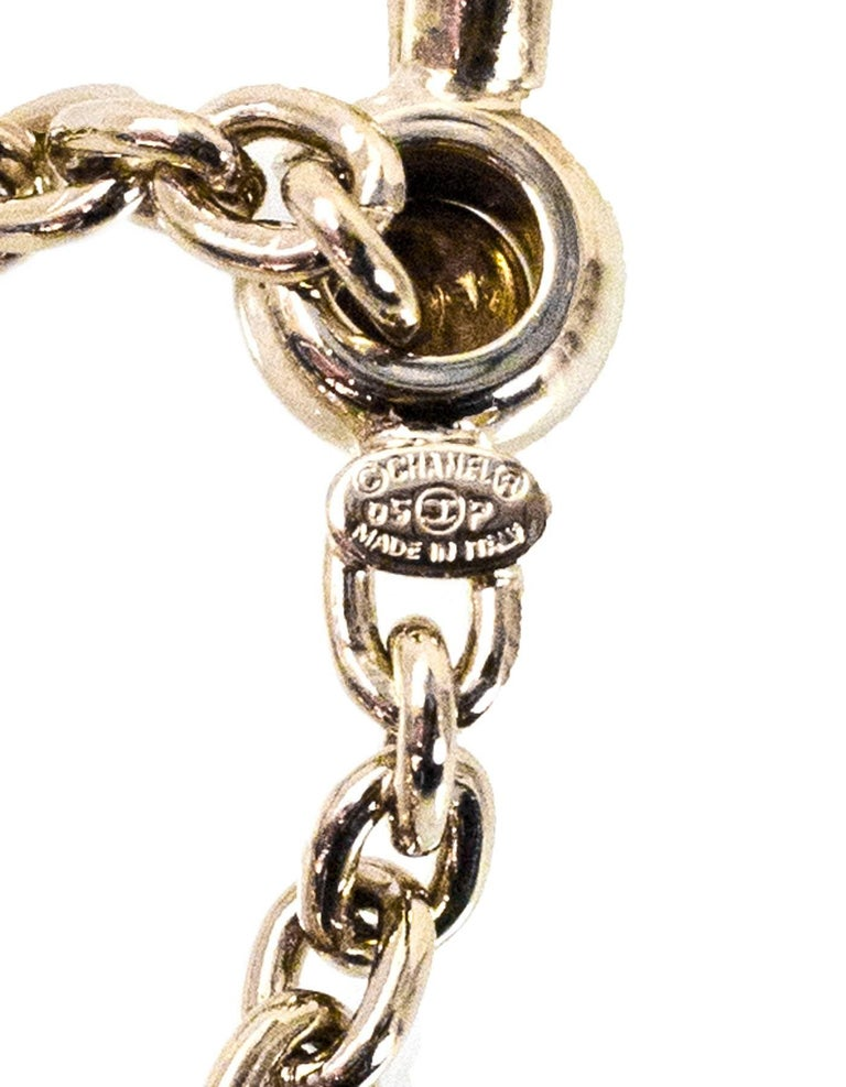 Chanel No5 Perfume Bottle Keychain/Bag Charm with Box In Excellent Condition For Sale In New York, NY