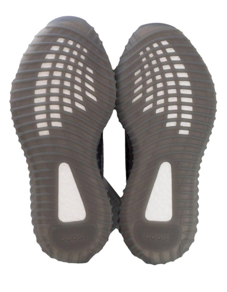 Adidas Mens Yeezy Boost 350 V2 Black White Oreo Men's Size 10.5