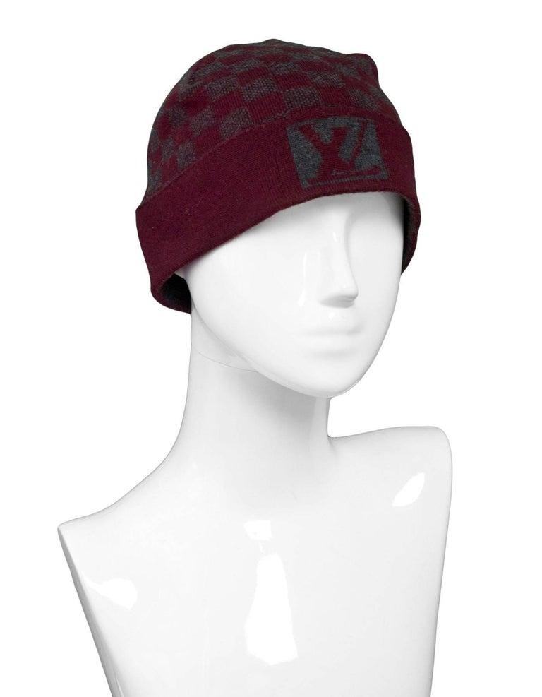 738c7de4 Louis Vuitton Burgundy & Grey Wool Bonnet Petit Damier Beanie Hat In  Excellent Condition For Sale