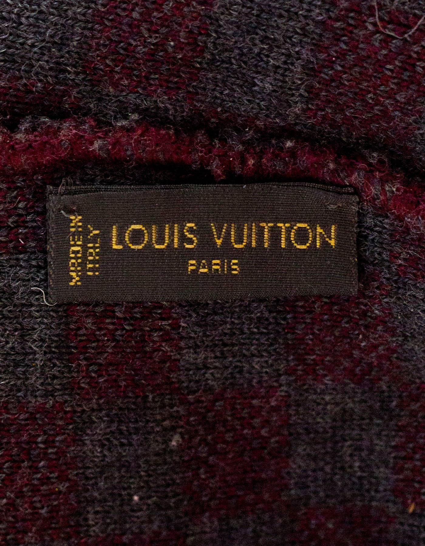 Louis Vuitton Burgundy and Grey Wool Bonnet Petit Damier Beanie Hat For  Sale at 1stdibs 45c2d2c1ef3