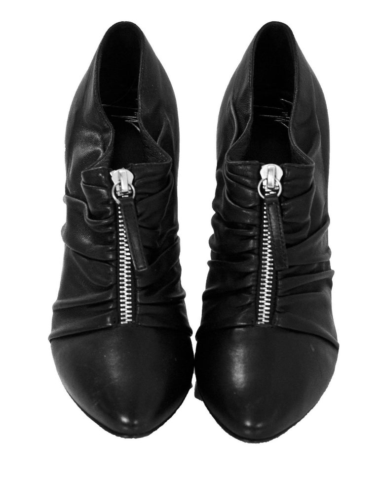 Giuseppe Zanotti Black Leather Ruched Zip Booties Sz 37 In Excellent Condition For Sale In New York, NY