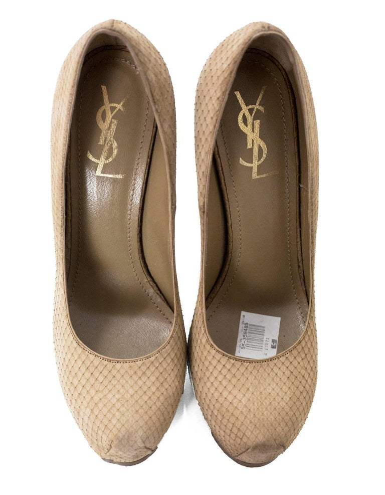 YSL Beige Sueded Python Tribute Two 105mm Pumps Sz 40 In Excellent Condition For Sale In New York, NY