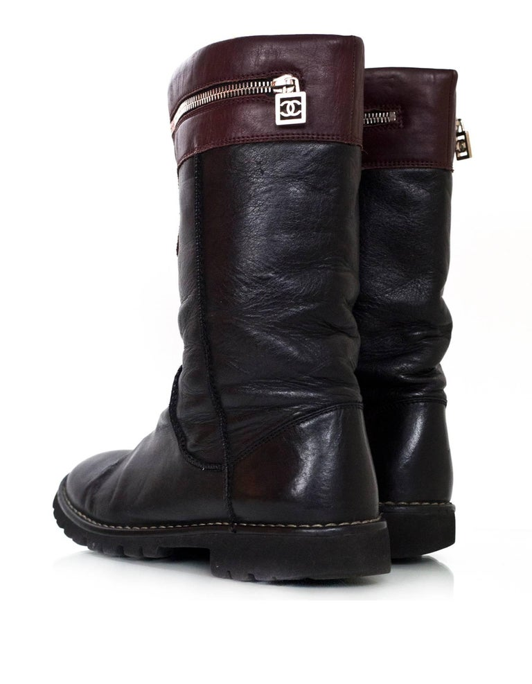 Women's Chanel Black & Burgundy Calfskin Moto Zipper Boots Sz 40 For Sale