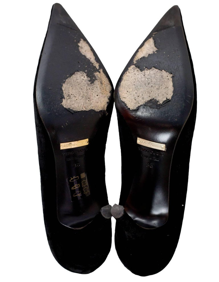 Dolce & Gabbana Black Velvet Pumps Sz 38 For Sale 1