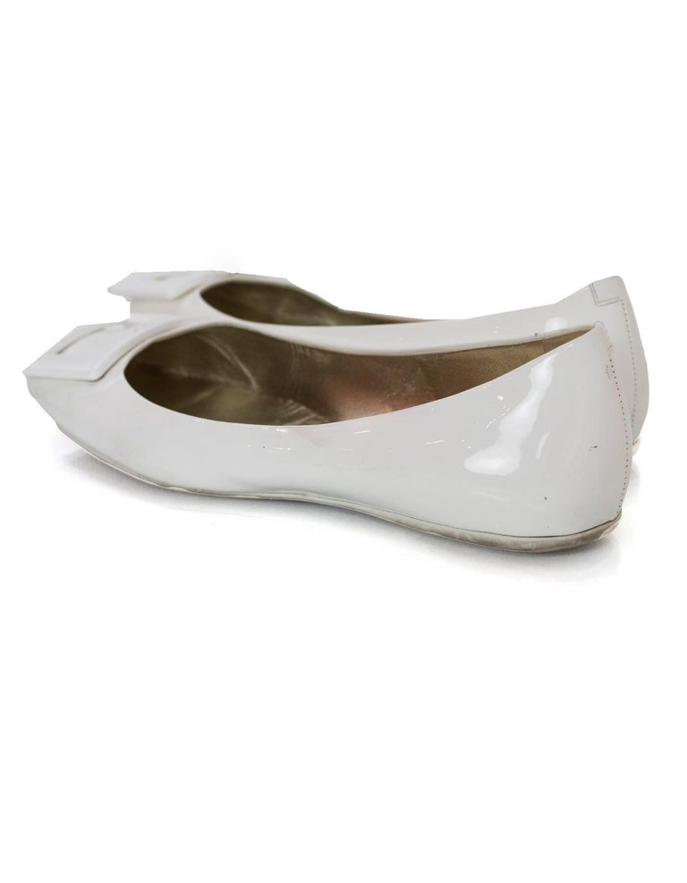 Roger Vivier White Patent Gommette Ballerina Flats Sz 40 In Good Condition For Sale In New York, NY