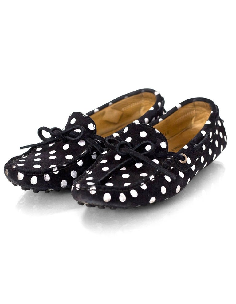 TOD's Black & White Polka Dot Driving Loafers Sz 34.5  Color: Black, white Materials: Suede Closure/Opening: Slide on Sole Stamp: TODS Overall Condition: Very good pre-owned condition with the exception of moderate wear and soiling throughout
