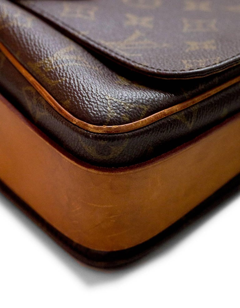 Women's or Men's Louis Vuitton Monogram Canvas Cartouchiere MM Messenger Bag For Sale