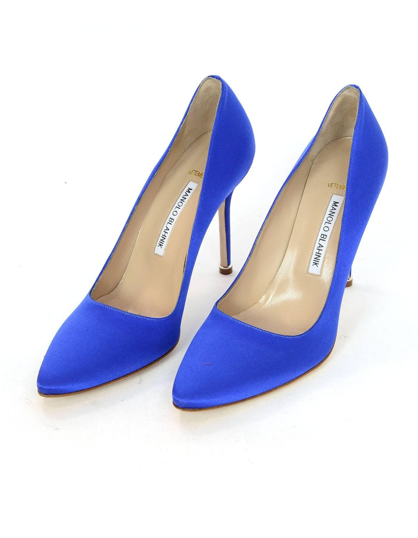 dfe92e3ef9d9b ... release date vetements x manolo blahnik blue satin signature pumps sz  39.5 new made in italy