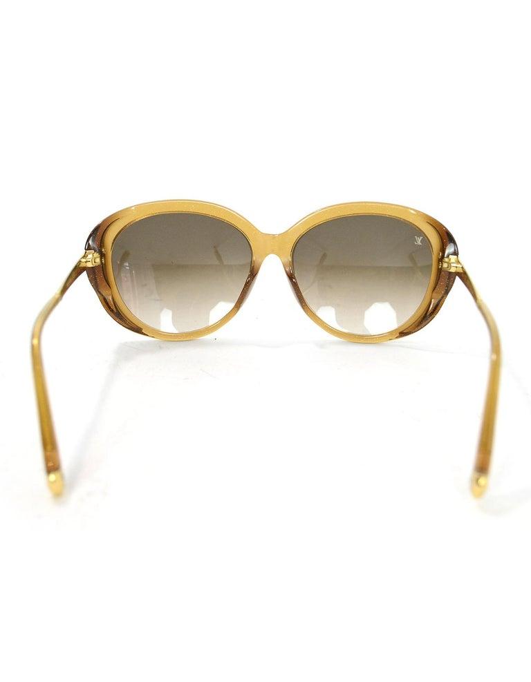 5cfb942c8d55 Women s Louis Vuitton Honey Glitter Acetate Bluebell Sunglasses with Case  For Sale
