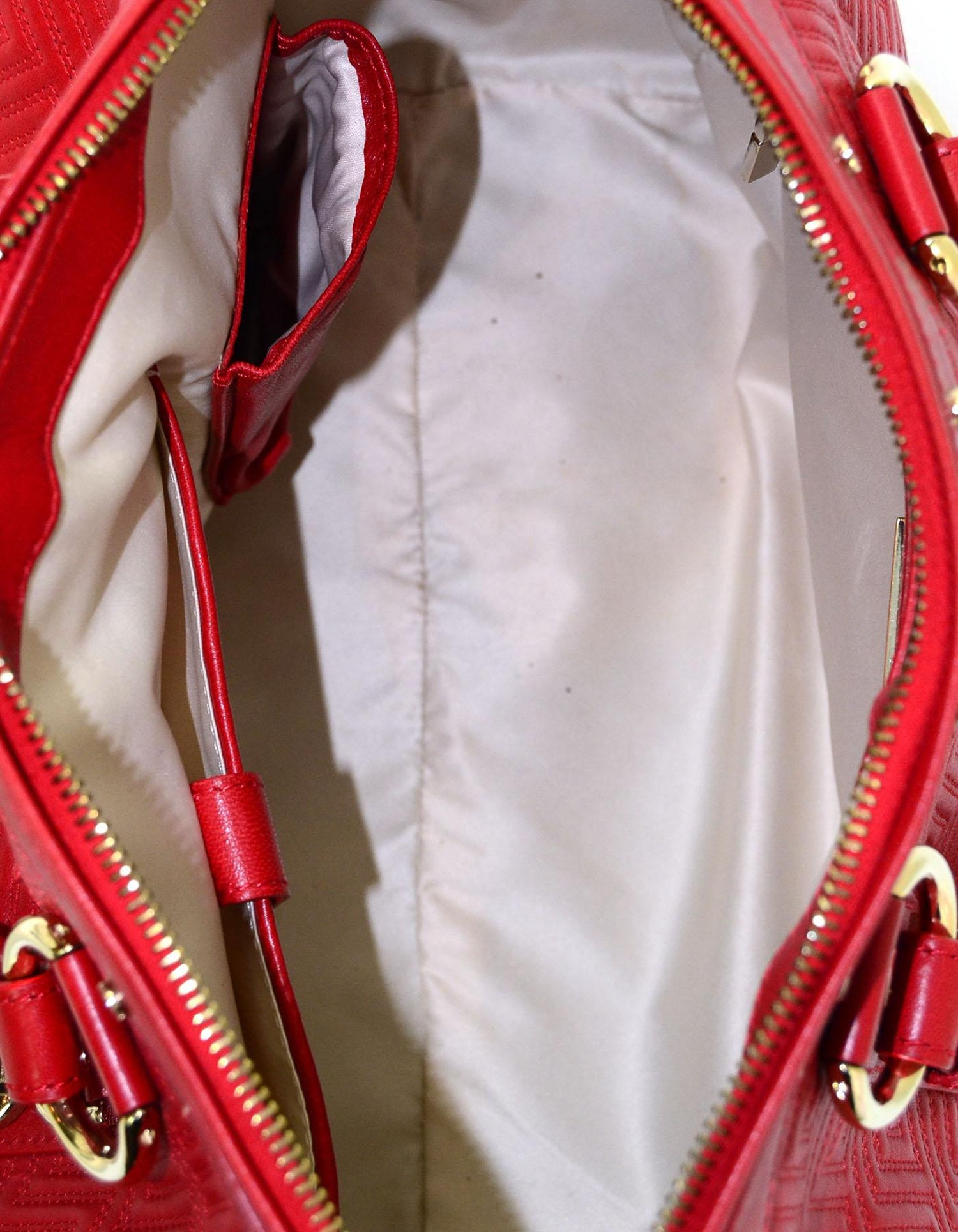 a04f034237 Versace Red Quilted Leather Boston Bag For Sale at 1stdibs