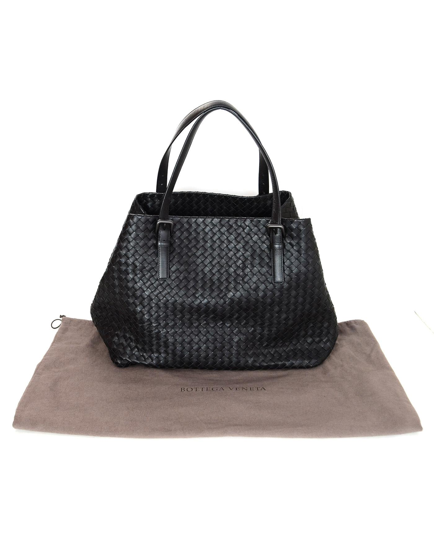b8f2799b3f57 Bottega Veneta Black Woven Intrecciato Leather Large Cesta Tote Bag For  Sale at 1stdibs