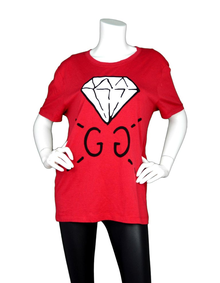 Gucci Men's 2016 Red GG Ghost T-Shirt sz S  Made In: Italy Color: Red, white, black Composition: 100% cotton Lining: None Closure/Opening: Pull over  Exterior Pockets: None Interior Pockets: None Overall Condition: Excellent pre-owned condition with