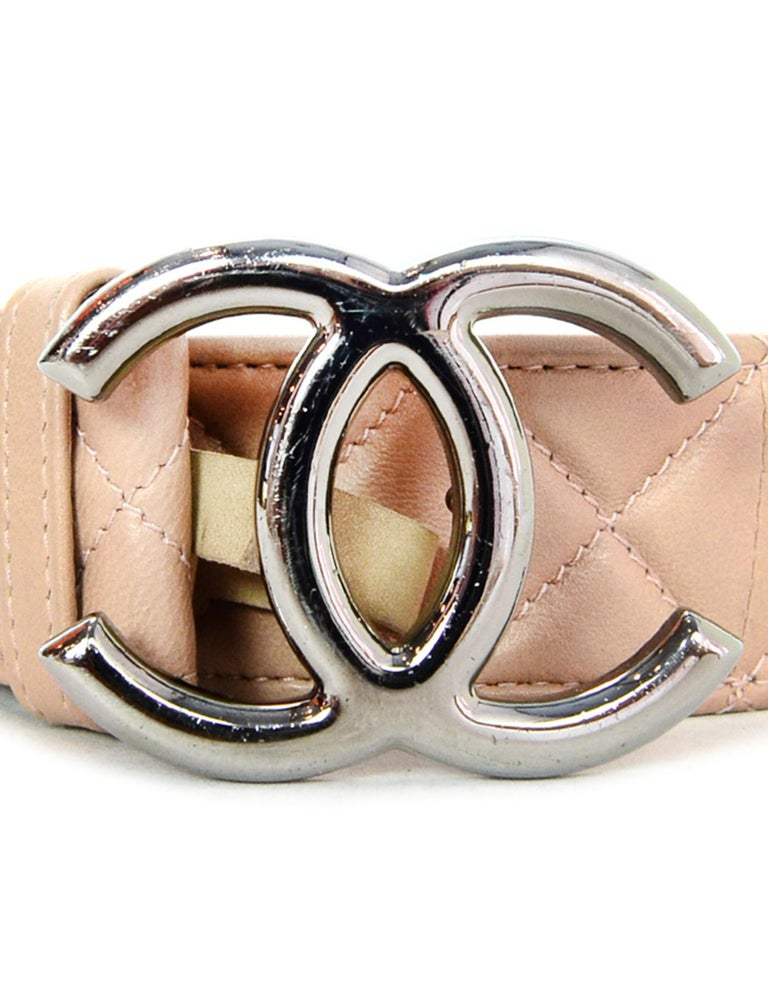 Chanel 2014 Nude Lambskin Leather Quilted Belt w/ Gunmetal CC Buckle  Made In: Italy Year of Production: 2014 Color: Nude, gunmetal Materials: Leather, suede, metal Closure/Opening: Peg closure Stamp: CHANEL B14 CC P MADE IN ITALY Overall Condition: