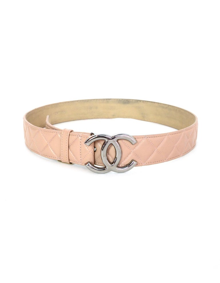Chanel 2014 Nude Lambskin Leather Quilted CC Belt sz 90/32 In Good Condition For Sale In New York, NY