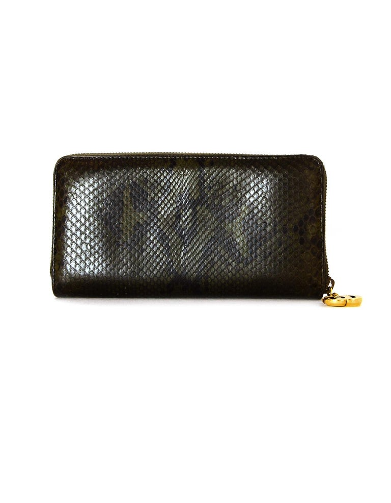 c863215cd08fce Black Gucci Green Python Zip Around Wallet w/ GG Logo Zipper Pull For Sale