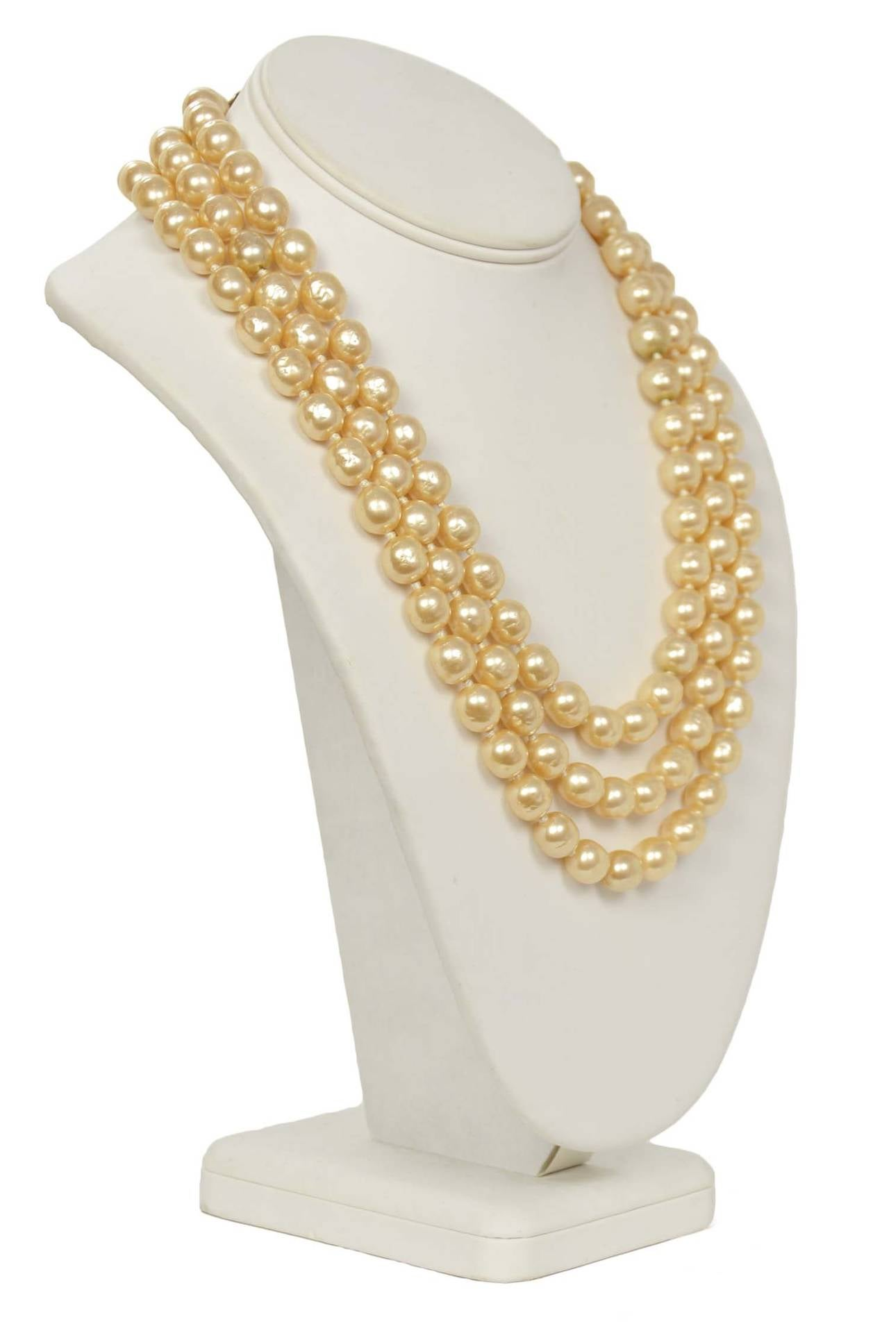 CHANEL Vintage 1950's-1960's Three Strand Pearl Necklace w/Antique Clasp 3