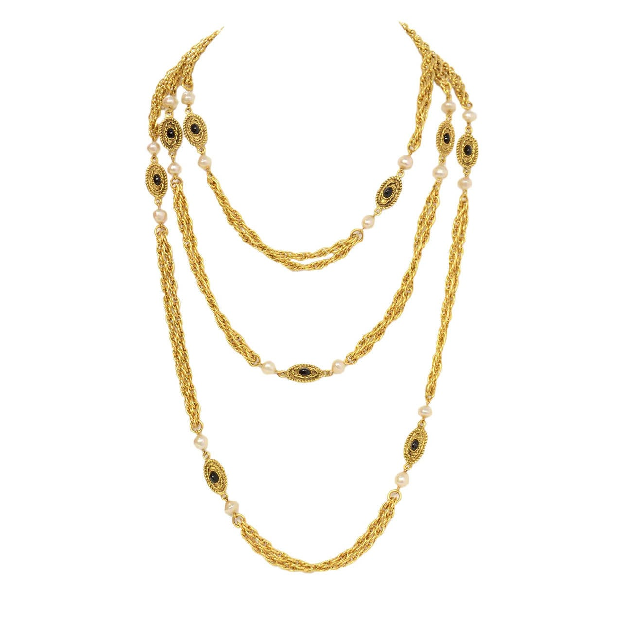 Chanel Vintage '82 Pearl & Black Beaded Chain Link Necklace Features little intricate pendants with black beading throughout  Made in: France Year of Production: 1982 Stamp: MADE IN FRANCE Closure: Push clasp closure Color: Gold, black, and