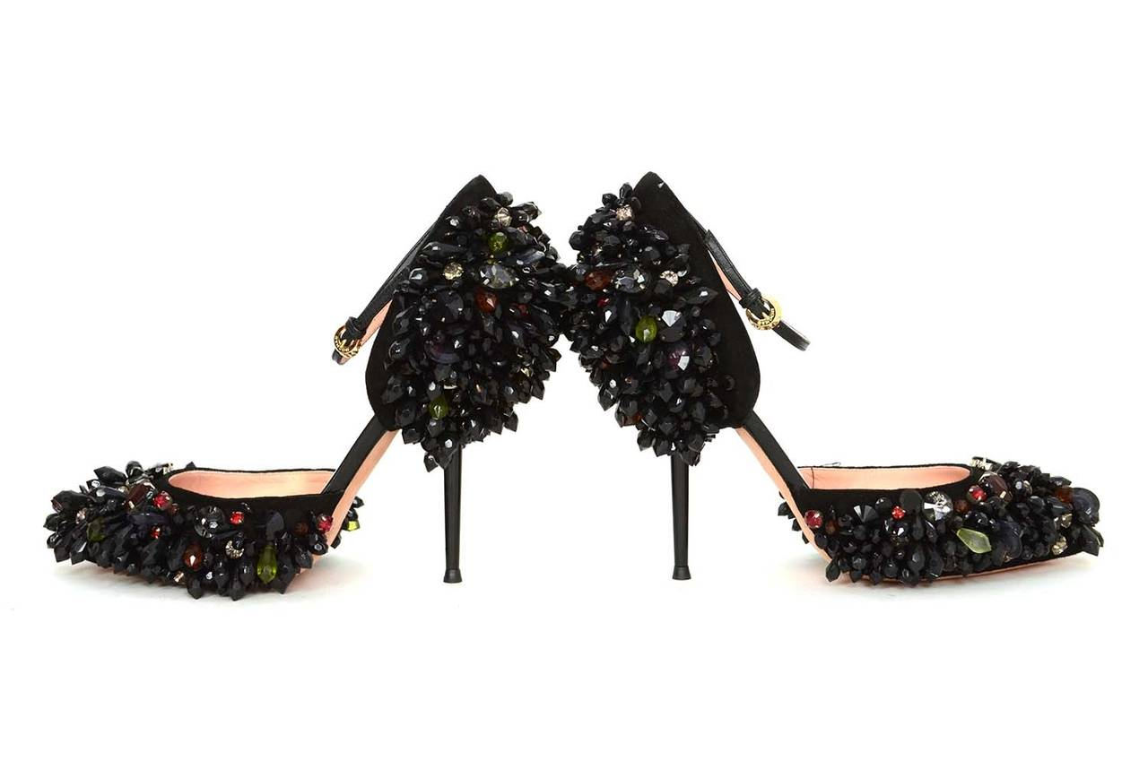 ROCHAS Black Embellished Pointed Toe Pumps sz 39 rt. $2,075 For Sale 1