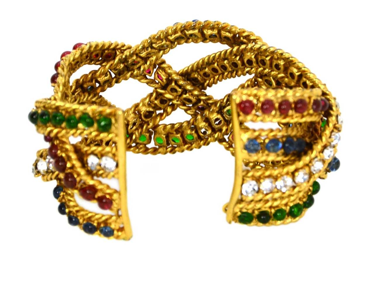 CHANEL Vintage Gripoix & Woven Gold Cuff Bracelet In Excellent Condition For Sale In New York, NY