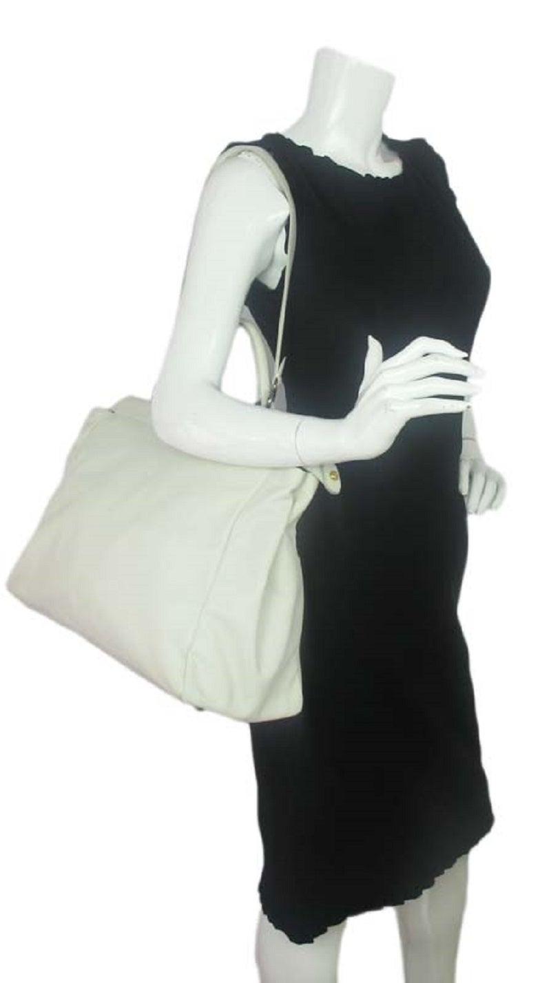 Fendi White Leather Large Peekaboo Bag w Pink Python Lining rt. $5,620 10