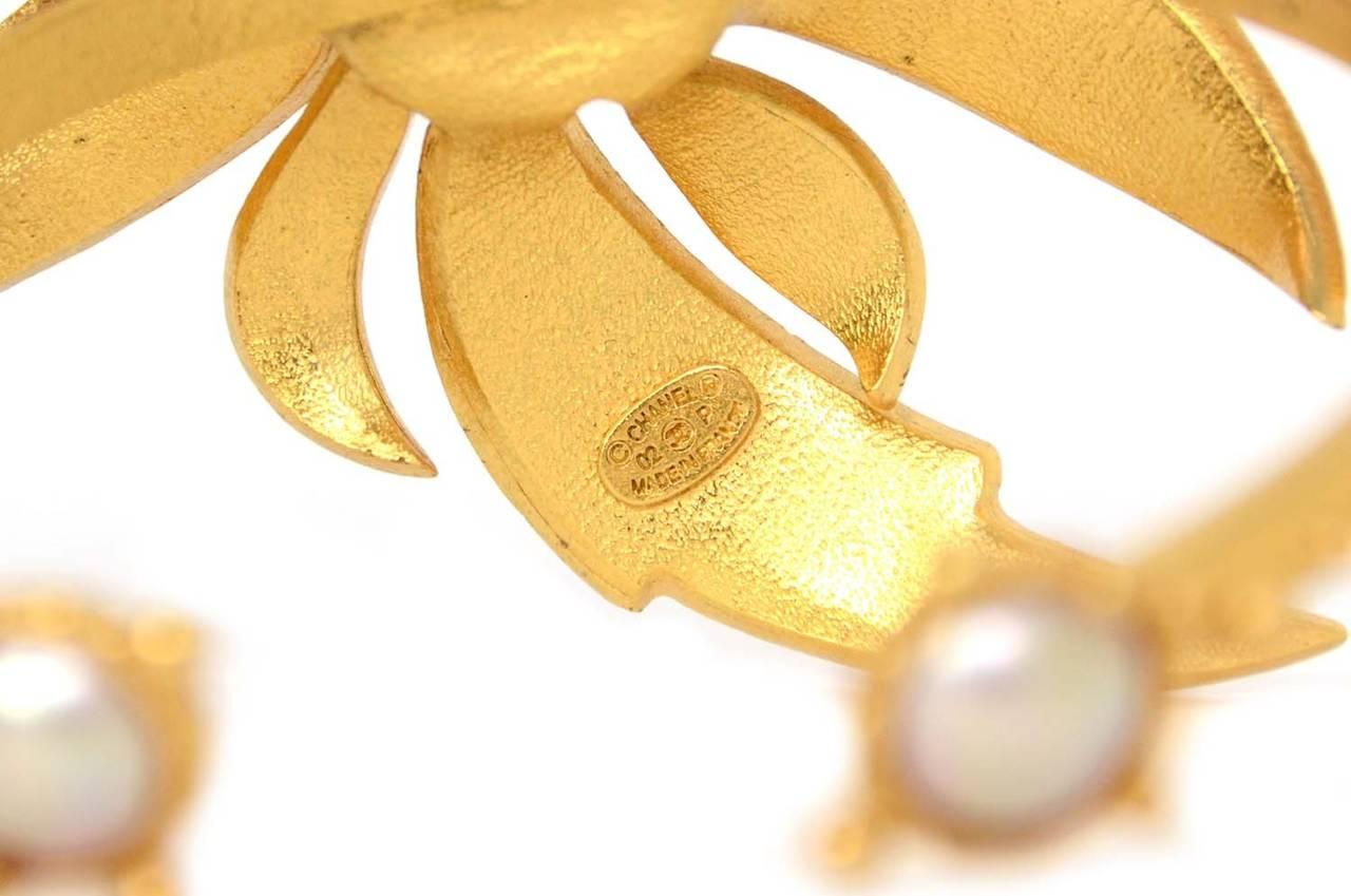 CHANEL 2002 Gold Bracelet w/Pink Rhinestone Flower & Pearls 4
