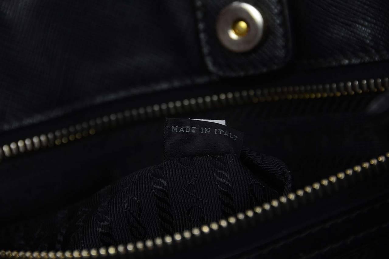PRADA Navy Leather Saffiano Tote Bag rt. $2,200 at 1stdibs