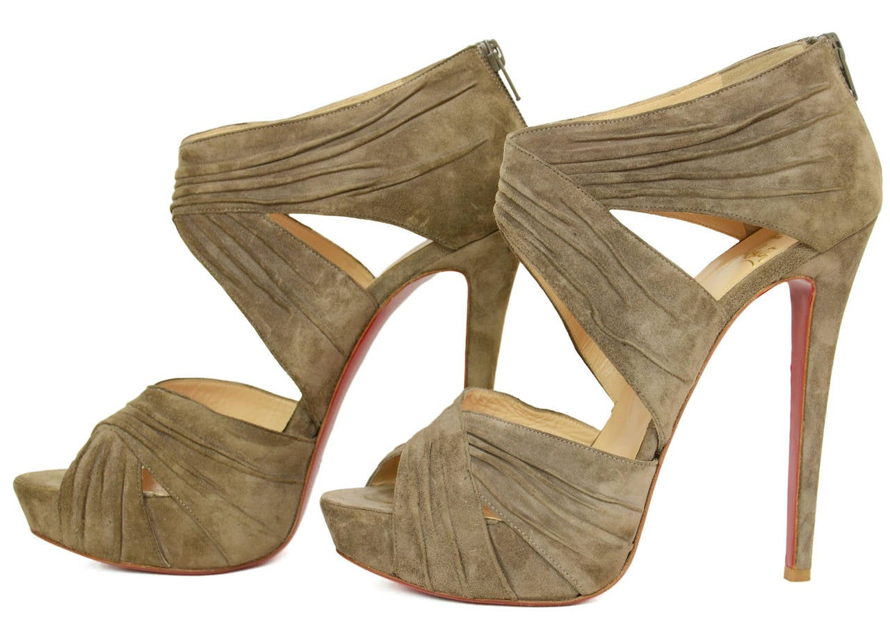 CHRISTIAN LOUBOUTIN Ruched Taupe Suede Bandra 140 Pumps sz 40.5 3