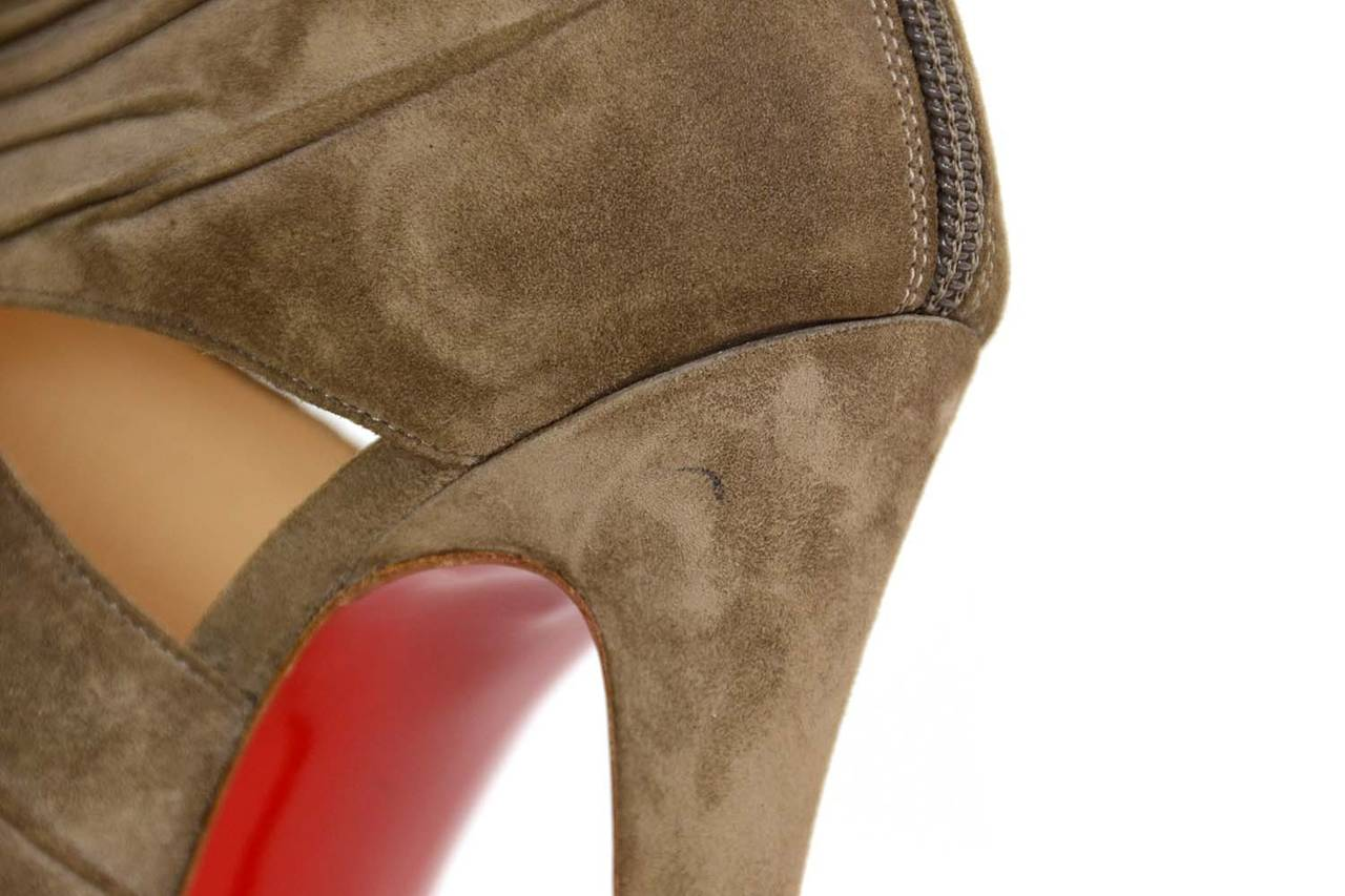 CHRISTIAN LOUBOUTIN Ruched Taupe Suede Bandra 140 Pumps sz 40.5 8