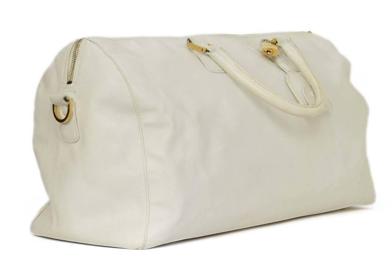 Chanel Vintage '90's White Caviar Duffle Bag GHW 2