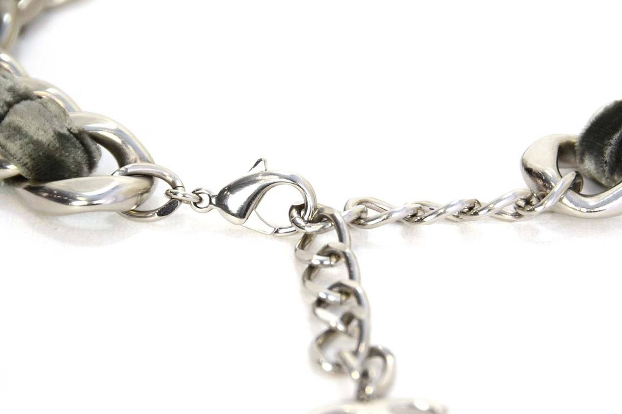 CHANEL Grey Velvet Woven Silver Oversized Chain Link Necklace In Excellent Condition For Sale In New York, NY