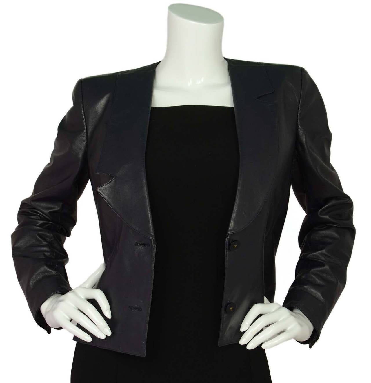 CHANEL Navy Leather Button Front Jacket sz 40 In Excellent Condition For Sale In New York, NY