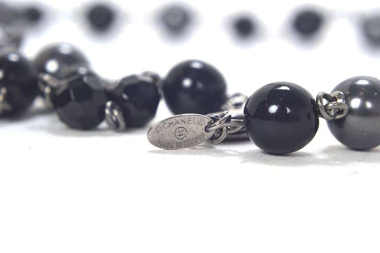 """Chanel 2011 44"""" Long Black & Pewter Beaded Faux Pearl Chain Necklace 5"""